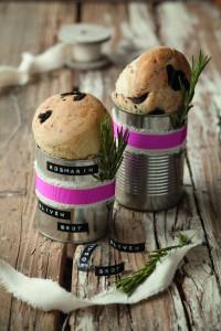 Oliven-Rosmarin-Brot, Oliven, Brot, Olivenbrot, Rezept