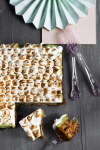 Karottenkuchen mit Matcha-Mascarpone und Meringe2