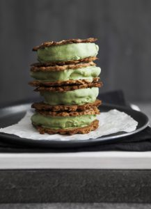 Matcha-Eiscreme-Sandwiches_Quelle_Claudia Gödke_AIYA