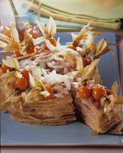 Pfannkuchentorte mit Macadamiacremefüllung